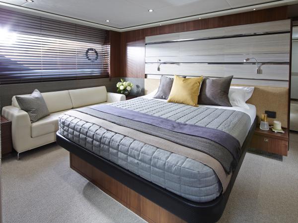 Princess Yacht S72 - Master Stateroom