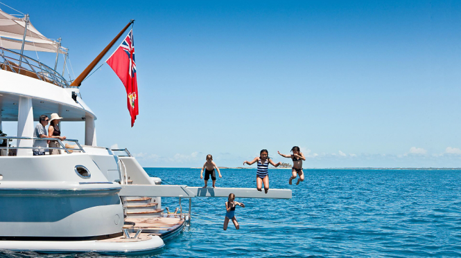 Relax with your family and friends aboard charter yacht BELLE AIMEE