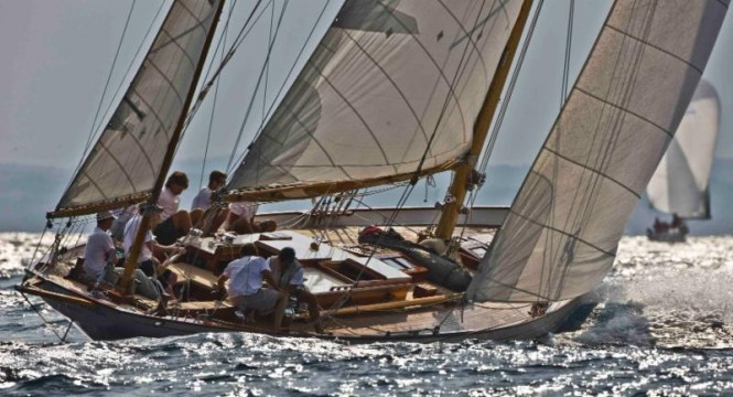 Timeless classics such as Stormy Weather, the S&S 1934 yawl, will compete in the 2015 Rolex Fastnet Race  © Carlo Borlenghi/Rolex