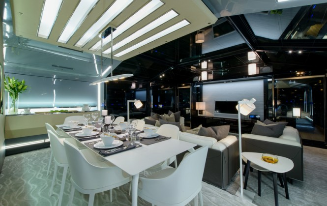 8th Arcadia 85 US edition Yacht - Dining