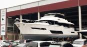 Horizon superyacht V80