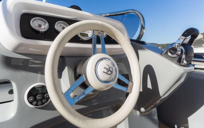 Invictus 280GT yacht tender - Dashboard