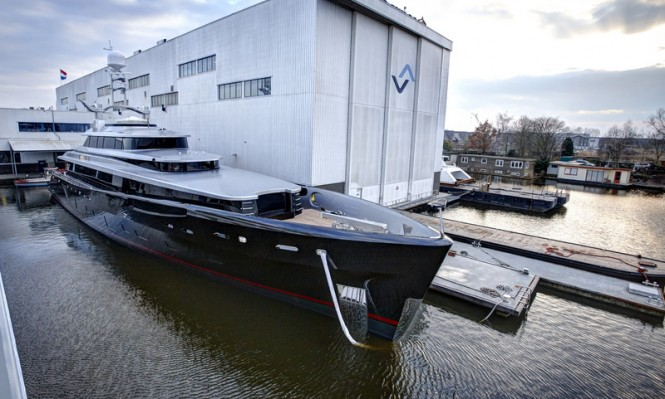 Luxury yacht Kiss