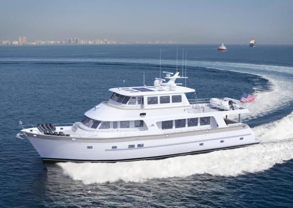 New Outer Reef 86 Deluxbridge motor yacht Hull no. 2016