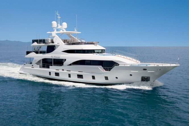 radition Supreme 108 super yacht MY PARADIS to be displayed at the 2015 Miami Boat Show