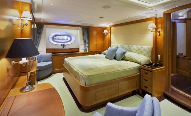 Wisp Yacht - Cabin - Photo by Cory Silken