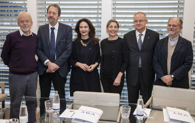 From left ERICH HOYT, member of IUCN, MASSIMO FEDERICI, Mayor of La Spezia, CRISTIANA LONGARINI, Managing Director of VSY, VIENNA ELEUTERI, President of Eulabor Institute and Sustainability Manager of the shipyard as well,  DINO NASCETTI,  President of Promostudi of La Spezia, and GIUSEPPE NOTARBARTOLO DI SCIARA, President of the Thetys Institute of Milano and  and Co-President of the IUCN Task Force for protected Marine Mammals Areas.