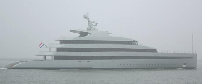 Luxury mega yacht Savannah - Photo by Kees Torn