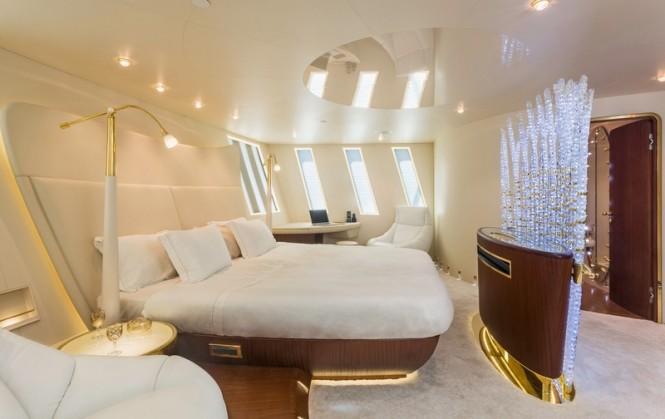 Motor yacht Tornado - Cabin