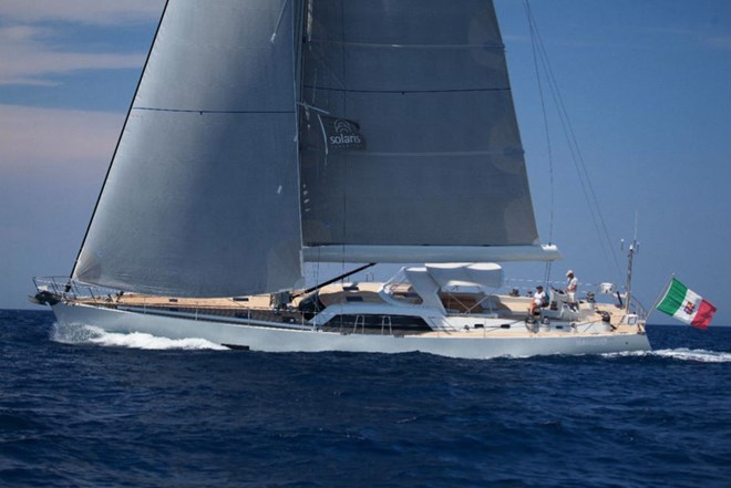 Solaris 72' DH Yacht under sail