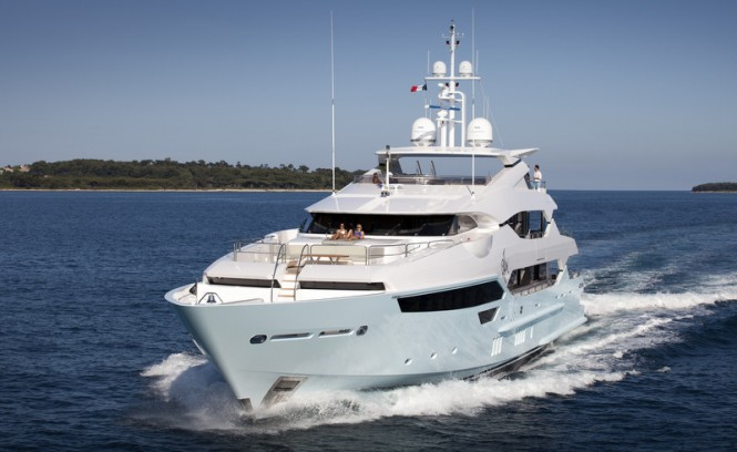 Sunseeker 115 Yacht BLUSH superyacht underway