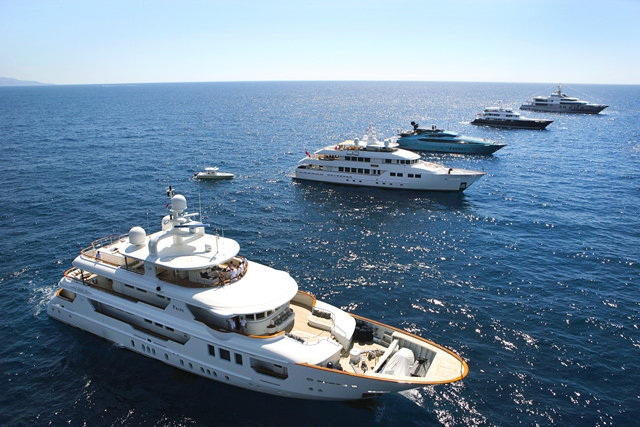Yachts Cruise in Company on Day Two