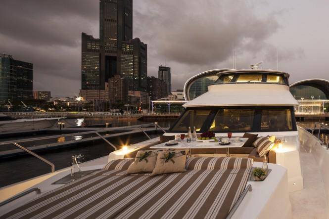 Aboard Horizon V80 superyacht