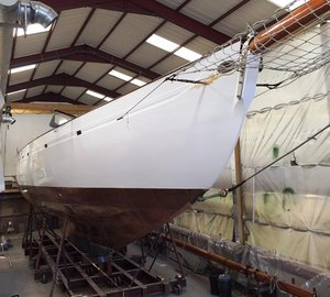 Fife Classic Sailing Yacht KENTRA emerges from Fairlie Yachts