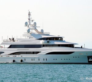 Beautiful 60m Mega Yacht FORMOSA by BENETTI