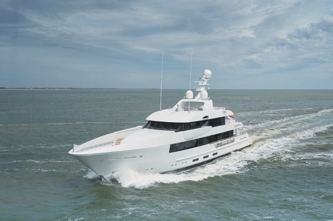 Luxury yacht Moon Sand underway - Photo credit to Feadship