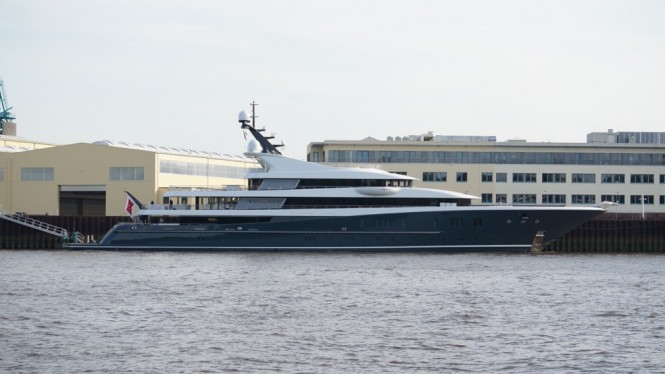 Mega yacht Phoenix 2 - Photo by DrDuu