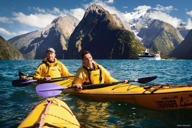 Milford Sound - Fiordland - Kayak - Photo by Chris Sisarich - Tourism New Zealand