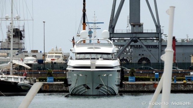 Motor yacht BALISTA - front view - Photo by Roberto Malfatti