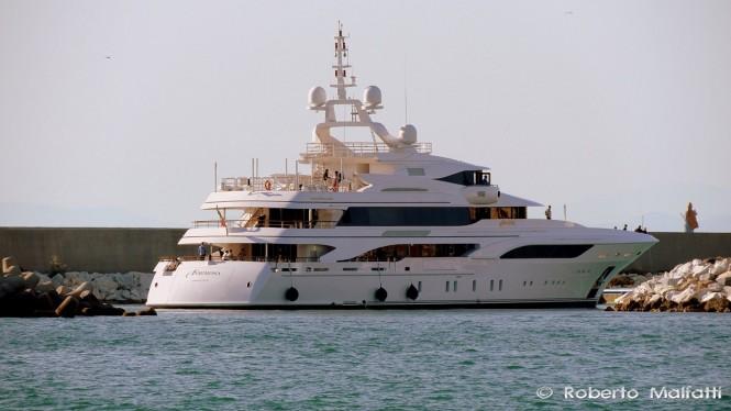 Motor yacht FORMOSA - Photo by Roberto Malfatti