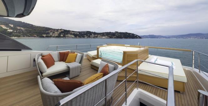 Superyacht SL106 Special Edition - Exterior