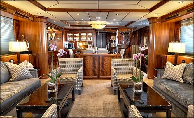 VIVIERAE Yacht - Saloon - Photo credit to Destry Darr Designs