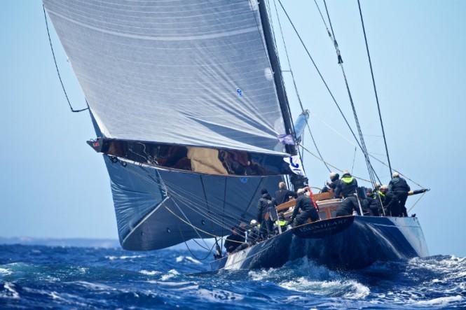 Claasen super yacht LIONHEART under sail