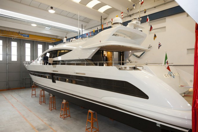 Fifth Cerri 102 Flyingsport Superyacht Sealook