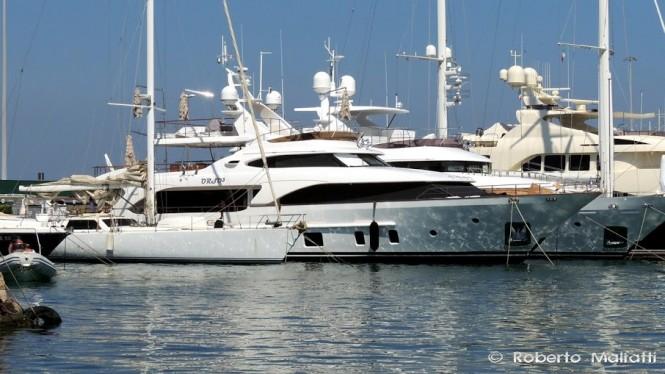 Luxury yacht ORSO 3 - Photo by Roberto Malfatti