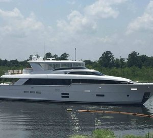 All-New Hatteras 100 RPH Motor Yacht Hull No. 3 Launched