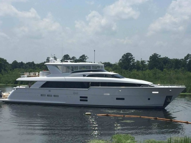 New Hatteras 100 RPH super yacht Hull no. 3 - Photo credit to Hatteras Yachts