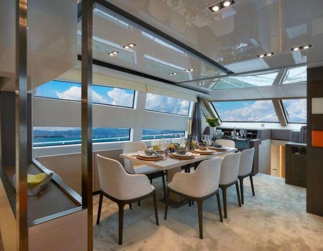 SY 70 Yacht - Dining