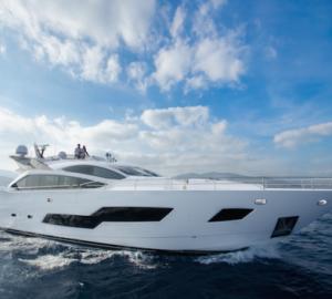 Striking Sunseeker 101 Sport Yacht SANDY For Sale