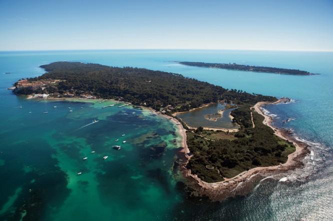 Illes de Lerins - Photo credit Semec Dervaux - Cannes Tourist Board