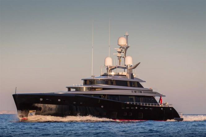 Luxury yacht KISS underway