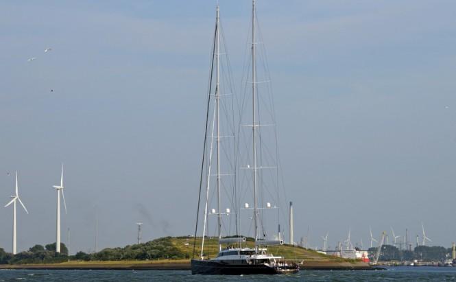 Mega yacht AQUIJO under sail - Photo by Kees Torn