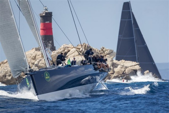 Sir Lindsay Owen Jones' superyacht MAGIC CARPET CUBED (GBR) rounding Mortoriotto - Image by Rolex Carlo Borlenghi