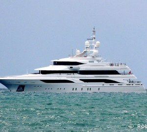 BENETTI Superyacht FORMOSA underway in Italy