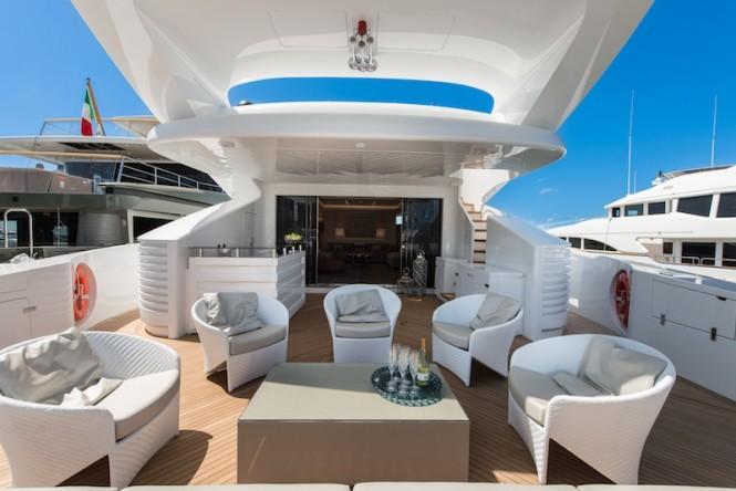 AB145 superyacht - exteriors