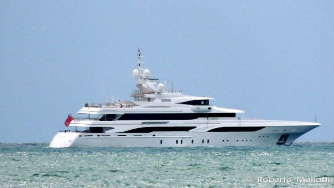 Luxury motor yacht Formosa - Photo by Roberto Malfatti