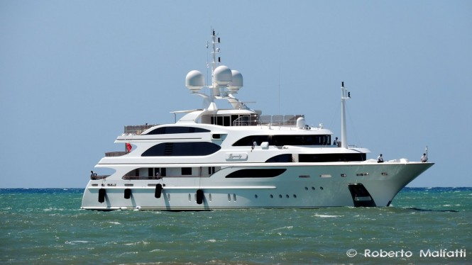 Luxury motor yacht I DYNASTY by BENETTI - Photo by Roberto Malfatti