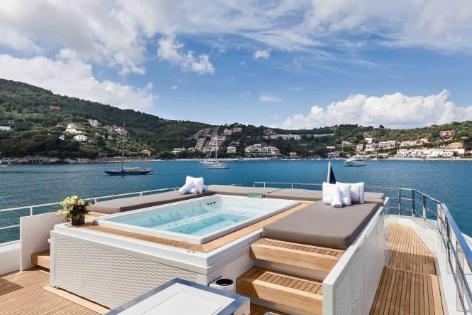 Luxury yacht NONO - Swimming pool