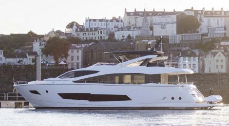 New Sunseeker 86 Yacht CHERRY