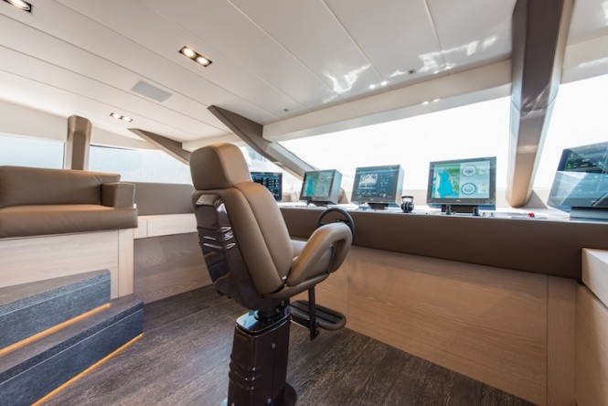 Super yacht AB145 - Helm Station