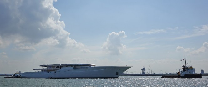 Super yacht Hull 1006 by FEADSHIP - Photo by Kees Torn