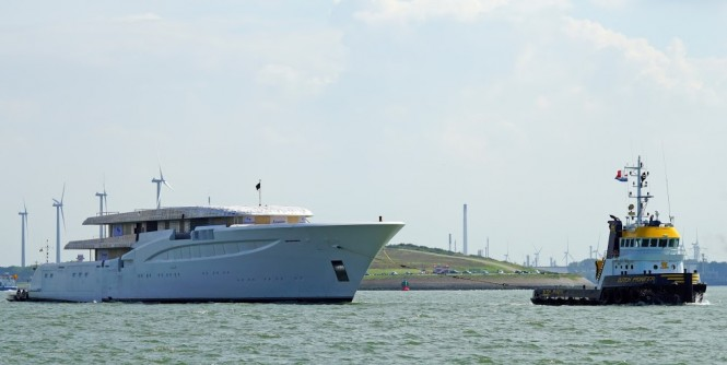 Superyacht Hull 1006 by FEADSHIP - Photo by Kees Torn