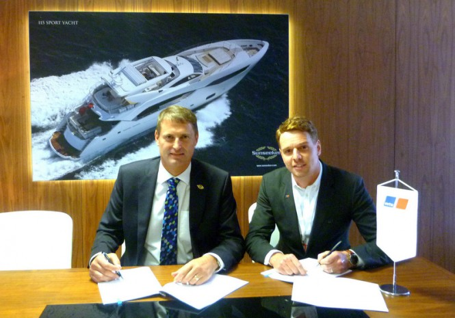 The contract was signed by Phil Popham, Sunseeker International, CEO (left) and Bruce Philipps, MTU UK, Managing Director
