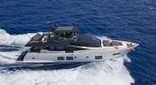 Luxury yacht Astondoa 80 GLX underway