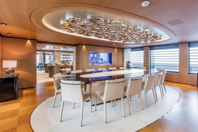 Luxury yacht SUERTE - Dining