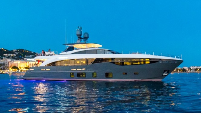 Princess 35M superyacht ANTHEYA II by night